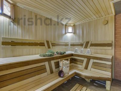 4-комнатный дом помесячно, 340 м², Керей-Жаныбек Хандар за 3 млн 〒 в Алматы, Медеуский р-н — фото 16