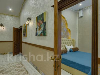 4-комнатный дом помесячно, 340 м², Керей-Жаныбек Хандар за 3 млн 〒 в Алматы, Медеуский р-н — фото 32