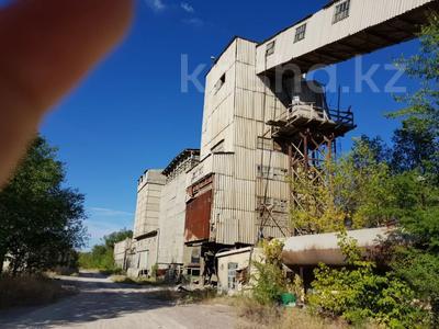Промбаза 25.1104 га, Индустриальная 26 за 920 млн 〒 в Капчагае — фото 93