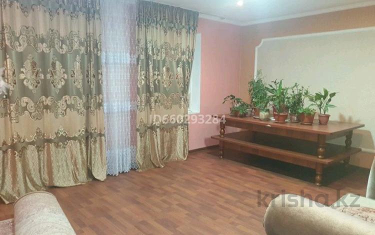 7-комнатный дом, 150 м², 8 сот., мкр БАМ за 35 млн 〒 в Шымкенте, Аль-Фарабийский р-н