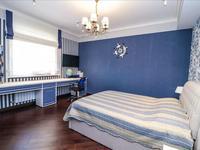 7-комнатный дом, 380 м², 8 сот.