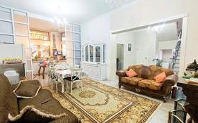9-комнатный дом, 300 м², 6.5 сот., Карагайлы за 72 млн 〒 в Алматы