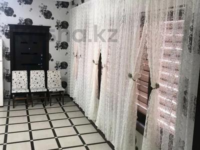 5-комнатный дом помесячно, 200 м², 8 сот., Мкр Самал-2 23 — Казиева-Аргынбекова за 300 000 〒 в Шымкенте — фото 25
