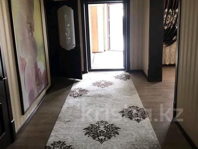 5-комнатный дом помесячно, 200 м², 8 сот., Мкр Самал-2 23 — Казиева-Аргынбекова за 300 000 〒 в Шымкенте — фото 27