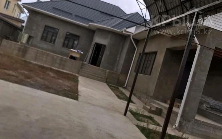 5-комнатный дом помесячно, 200 м², 8 сот., Мкр Самал-2 23 — Казиева-Аргынбекова за 300 000 〒 в Шымкенте