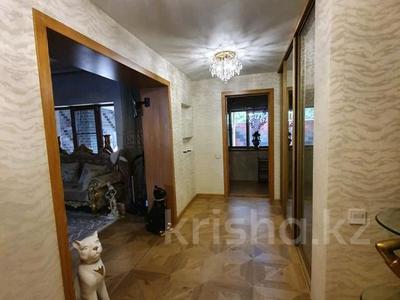 4-комнатный дом, 160 м², 6 сот., мкр Кемел (Первомайское) 11 — Сиреневая за 66 млн 〒 в Алматы, Жетысуский р-н
