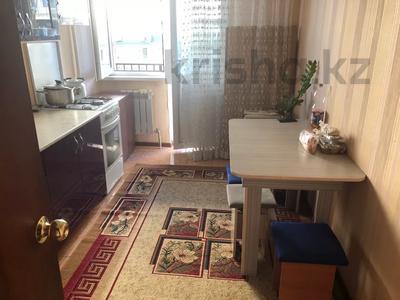 3-комнатная квартира, 70 м², 3/9 этаж помесячно, Асыл арман 16 за 100 000 〒 в Иргелях — фото 2