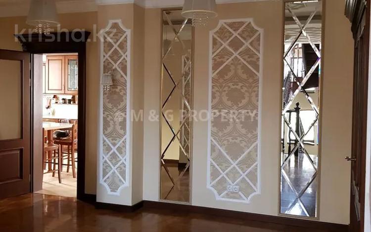 8-комнатный дом, 413 м², 12 сот., Туздыбастау за 240 млн 〒 в Туздыбастау (Калинино)