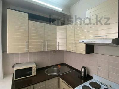 2-комнатная квартира, 70 м², 1 этаж посуточно, Карамендеби — Мира за 8 000 〒 в Балхаше