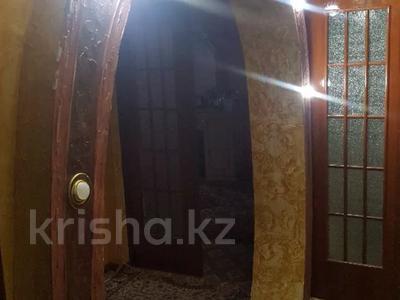 4-комнатная квартира, 77 м², 4 этаж, Рысбек батыра 1 за 11.9 млн 〒 в Таразе — фото 5