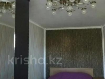 2-комнатная квартира, 42 м², 4/5 этаж посуточно, Маметова 54 за 8 000 〒 в Уральске — фото 6