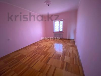 7-комнатный дом, 300 м², 10 сот., Мкр Отрадный 64 за 33 млн 〒 в Темиртау — фото 14
