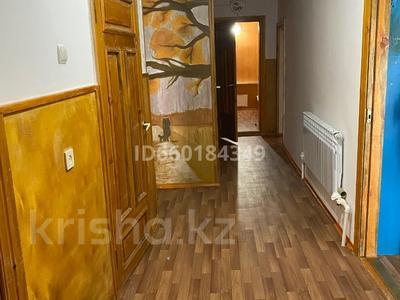 7-комнатный дом, 300 м², 10 сот., Мкр Отрадный 64 за 33 млн 〒 в Темиртау — фото 25