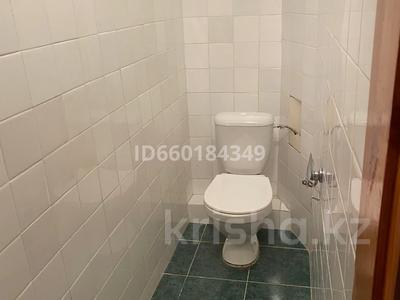 7-комнатный дом, 300 м², 10 сот., Мкр Отрадный 64 за 33 млн 〒 в Темиртау — фото 7