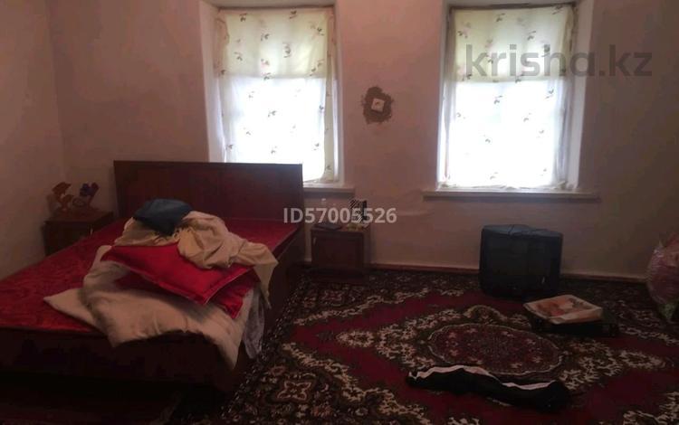 4-комнатный дом, 55 м², 30 сот., Колхозная 59 за 2.7 млн 〒 в Андас батыра