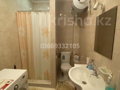 5-комнатный дом, 93 м², 6 сот., Жамбыла 93 за 58 млн 〒 в Караганде, Казыбек би р-н