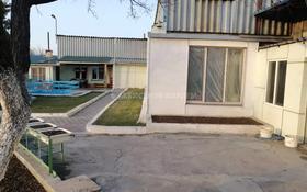 10-комнатный дом, 226.4 м², 15 сот., Октябрьская за 32 млн 〒 в Байсерке