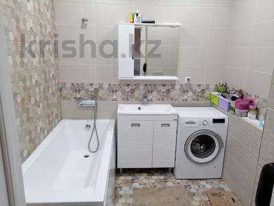 3-комнатная квартира, 77 м², 9/10 этаж, Е10 17 за 39 млн 〒 в Нур-Султане (Астана), Есильский р-н — фото 8