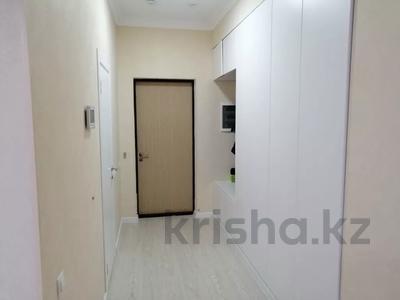 3-комнатная квартира, 77 м², 9/10 этаж, Е10 17 за 39 млн 〒 в Нур-Султане (Астана), Есильский р-н — фото 2