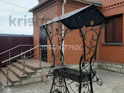 4-комнатный дом посуточно, 300 м², 10 сот., Есил 59 за 120 000 〒 в Нур-Султане (Астана), Алматы р-н