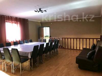4-комнатный дом посуточно, 300 м², 10 сот., Есил 59 за 120 000 〒 в Нур-Султане (Астана), Алматы р-н — фото 7