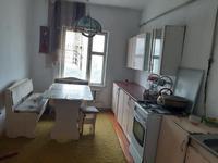 4-комнатный дом помесячно, 225 м², 8 сот.