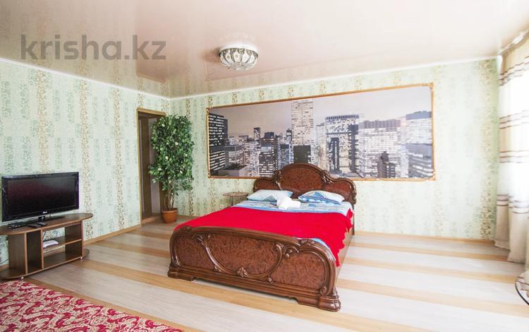 1-комнатная квартира, 35 м², 4/5 этаж посуточно, Интернациональная 57 — Ауэзова за 7 500 〒 в Петропавловске