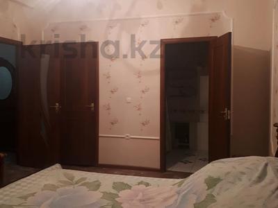 2-комнатная квартира, 80 м², 4/5 этаж помесячно, улица Айтеке би 5 — Айтиева за 130 000 〒 в Таразе