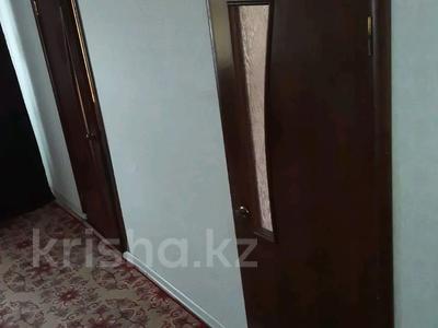 3-комнатная квартира, 46 м², 4/5 этаж, Проспект Сатпаева — Пр. Сатпаева за 6 млн 〒 — фото 3