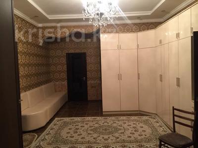 6-комнатный дом, 360 м², 10 сот., Сарықамыс-2 ул-4 7 за 47 млн 〒 в Атырау