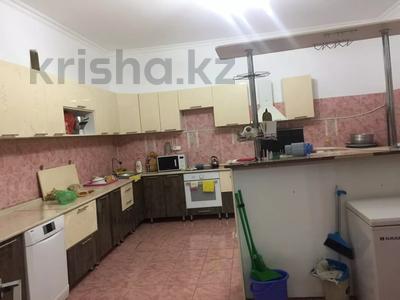 6-комнатный дом, 360 м², 10 сот., Сарықамыс-2 ул-4 7 за 47 млн 〒 в Атырау — фото 13