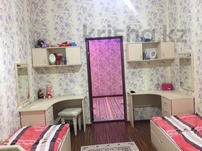 6-комнатный дом, 360 м², 10 сот., Сарықамыс-2 ул-4 7 за 47 млн 〒 в Атырау — фото 9