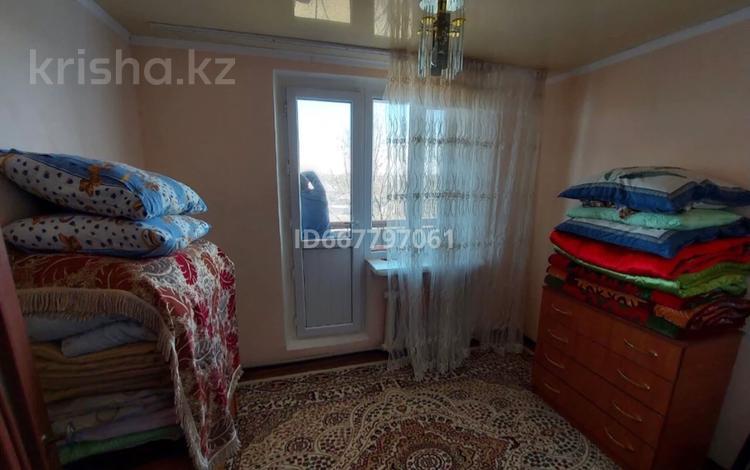3-комнатная квартира, 65 м², 5/5 этаж, Жайсан 5 за 9 млн 〒 в Шу