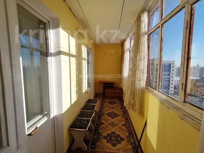2-комнатная квартира, 56 м², 10/10 этаж, мкр Женис 8 за 11.5 млн 〒 в Уральске, мкр Женис — фото 10