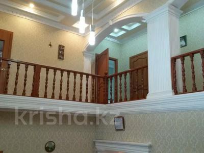 5-комнатный дом, 195.3 м², 4.8 сот., мкр Калкаман-2, С. Лапин за 39 млн 〒 в Алматы, Наурызбайский р-н