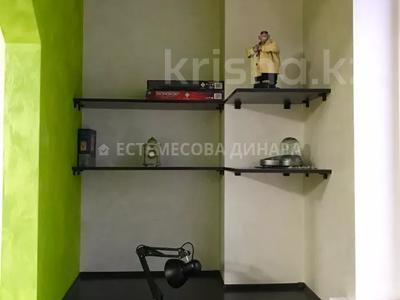 3-комнатная квартира, 102 м², 6/17 этаж, Навои — Торайгырова за 55 млн 〒 в Алматы, Бостандыкский р-н — фото 10