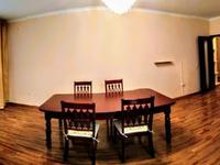 3-комнатная квартира, 110 м², 3/17 этаж помесячно
