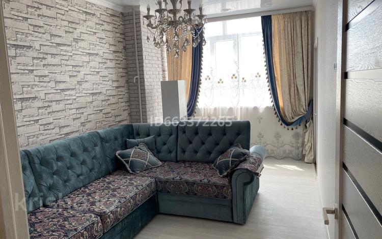 2-комнатная квартира, 50 м², 9/11 этаж помесячно, 16-й мкр 43 за 160 000 〒 в Актау, 16-й мкр