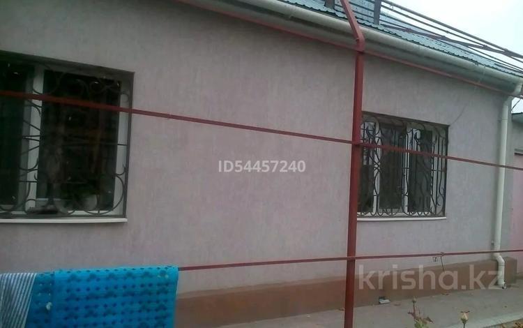 3-комнатный дом, 62 м², 7 сот., улица Левашова 2 — Желтоксан за 20 млн 〒 в Таразе