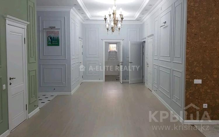 4-комнатный дом, 190 м², 6 сот., Арычная за 38 млн 〒 в Алматы, Наурызбайский р-н