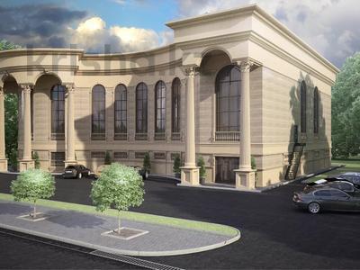 Здание, площадью 2400 м², Алиева за 555 млн 〒 в Атырау — фото 3