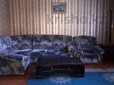 10-комнатный дом посуточно, 800 м², 8 сот., мкр Калкаман-2, Латифа — Сабденова за 35 000 〒 в Алматы, Наурызбайский р-н — фото 7
