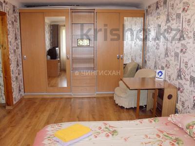 1-комнатная квартира, 35 м², 4/4 этаж посуточно, Абая 101 — Муратбаева за 7 000 〒 в Алматы, Алмалинский р-н — фото 2