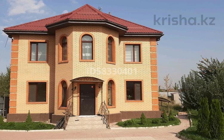 5-комнатный дом, 220 м², 10 сот., мкр Кайрат, Сулутал 446 за 68 млн 〒 в Алматы, Турксибский р-н