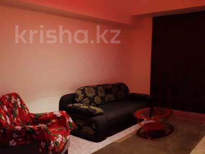 3-комнатная квартира, 70 м², 1 этаж посуточно, 3-й мкр 24 за 7 000 〒 в Актау, 3-й мкр — фото 11