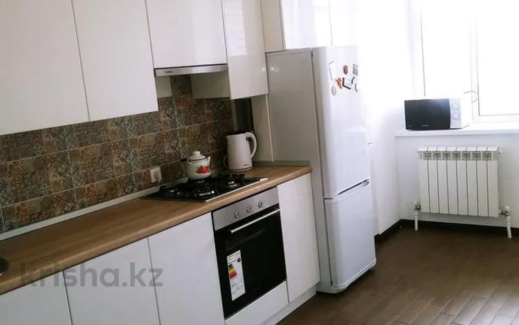 1-комнатная квартира, 45.3 м², 5/5 этаж, Батыс-2 мкр 5д — Санкибай батыра за 11.5 млн 〒 в Актобе, мкр. Батыс-2