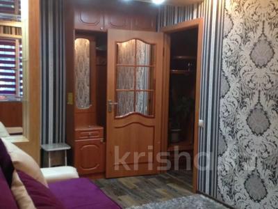 1-комнатная квартира, 43 м², 1/5 этаж по часам, Гоголя 51 за 1 000 〒 в Караганде, Казыбек би р-н — фото 4