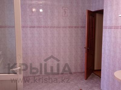 2-комнатная квартира, 80 м², 3/10 этаж на длительный срок, Желтоксан 17 — Риксос за 200 000 〒 в Шымкенте