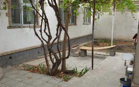 2-комнатный дом помесячно, 69 м², 2 сот., Аймауытова за 110 000 〒 в Шымкенте