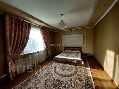 5-комнатный дом, 280 м², 10 сот., Саяхат 6 5 за 37 млн 〒 в